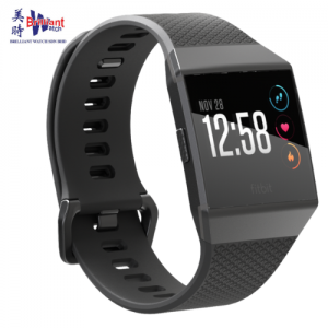fitbit-smart-fitness-watch-smoke-grey-1